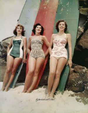 vintage swimwear - www.myLusciousLife.com - 1950s swimming costumes