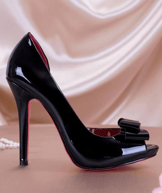 Marilyn heels